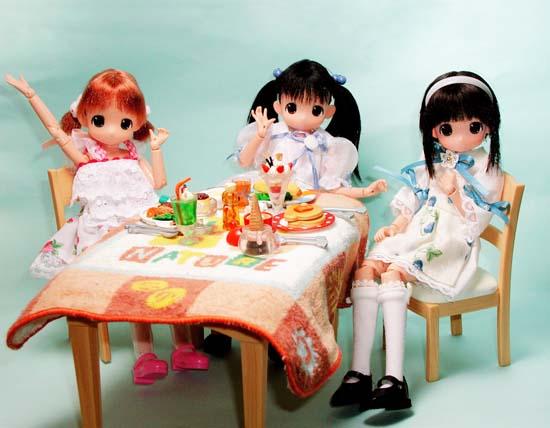 105:レストランのごはん だーいすき!