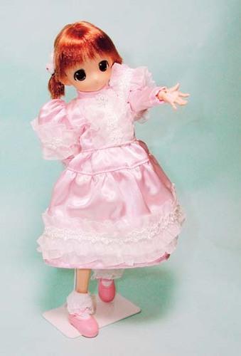 183:アンティーク調ドレス・その1
